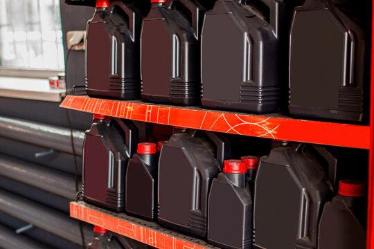 Spare part for car engine oil 1 liter bottle