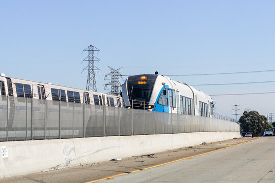 Oct 4, 2020 Pittsburg / CA / USA - BART Diesel train travelling in East San Francisco bay area;  BART to Antioch is a diesel multiple unit (DMU) line newly opened in 2018