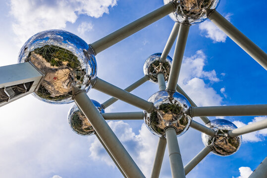 Brussels Atomium (1958) - silver atom model, most popular tourist attraction of Europe Capital. Nine spheres represent an iron crystal magnified 165 billion times. BRUSSELS, BELGIUM. Sep 9, 2019.