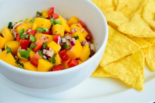 Mango salsa with tortilla chips