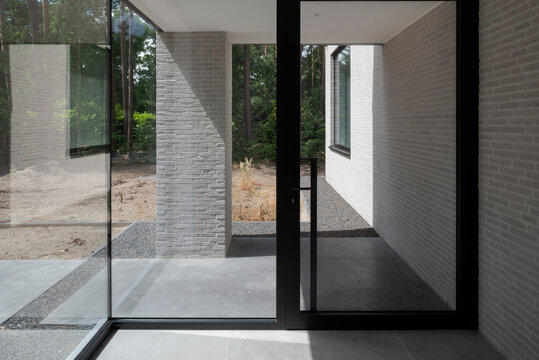 minimalist doorway