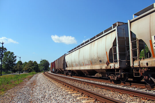 Container transport with trains