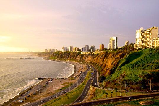 Coastline in Miraflores in the south of Lima, Peru