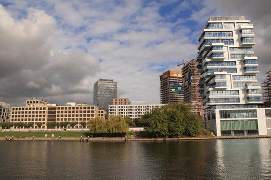 Boomtown Berlin; Park an der Spree 2020