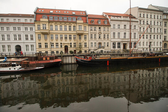 Ein Hauch von Alt-Berliner Flair am Märkischen Ufer