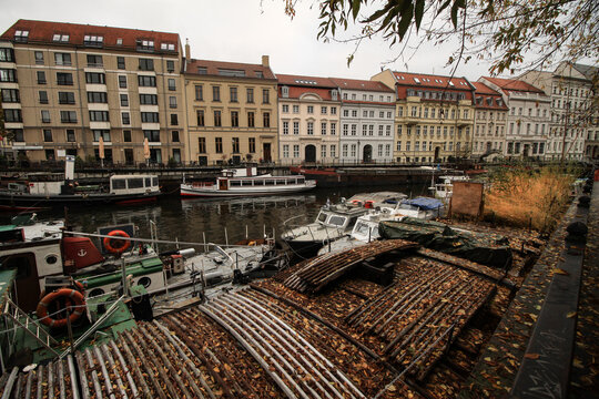 Herbststimmung am Märkischen Ufer in Berlin
