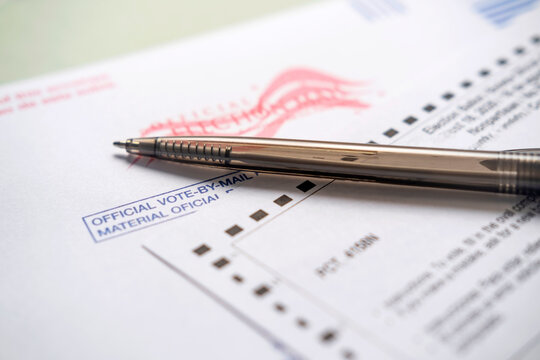 Voting ballot and pen