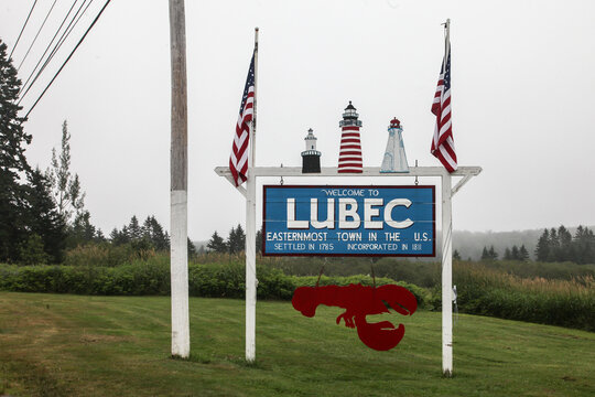 Welcome sign to Lubec in Maine