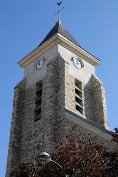 Ville de Villiers-sur-Marne, clocher de l'église Saint-Jacques-Saint-Christophe, département du Val-de-Marne, France
