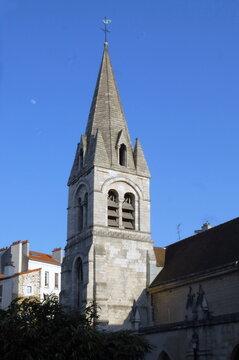 Ville de Nogent-sur-Marne, clocher de l'église Saint Saturnin, département du Val de Marne, France