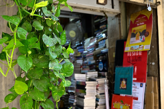 Book store in delhi