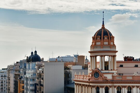 Dome tower structure at Gran Via