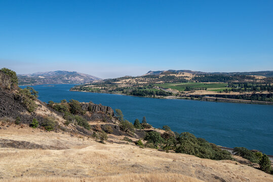 The mighty Columbia River forms the border between Oregon and Washington State near Lyle, WA
