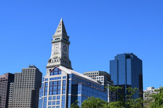 Boston Inner City Street View  Custom House Tower in McKinley Square, in the Financial District neighborhood of Boston, Massachusetts.