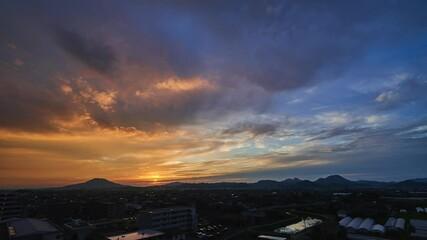 Wall Mural - 都市風景 福岡市 タイムラプス 夕暮れ