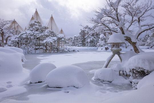 石川県 兼六園 雪景色