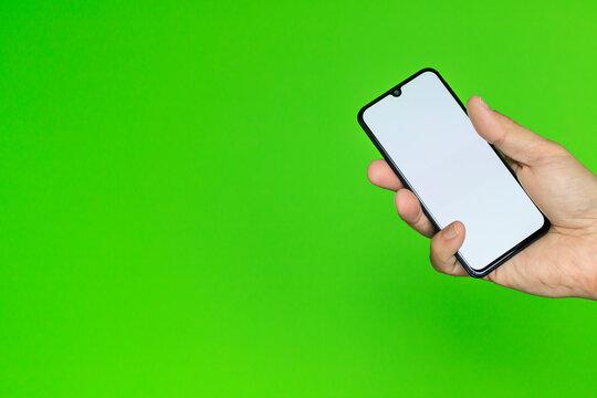 Ręka ze smartfonem #9
