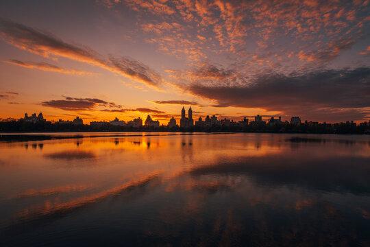 Sunset over the Jacqueline Kennedy Onassis Reservoir, in Central Park, Manhattan, New York City