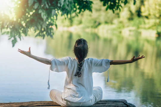 Self-Discovery Meditation in Nature by The Lake