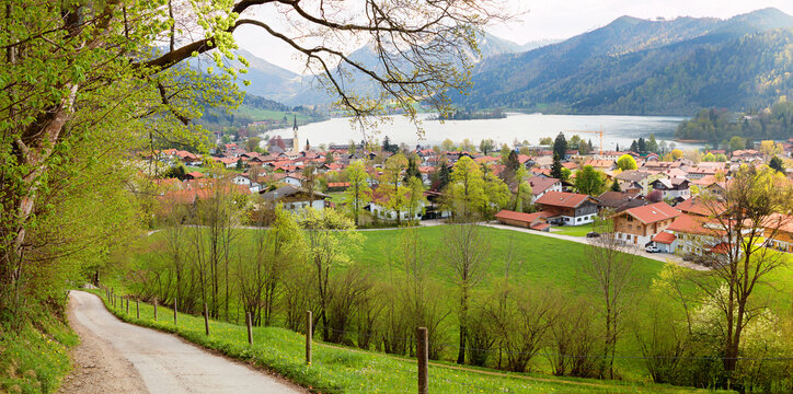 hiking route from Unterriss to Schliersee village with beatiful views, spring landscape upper bavaria