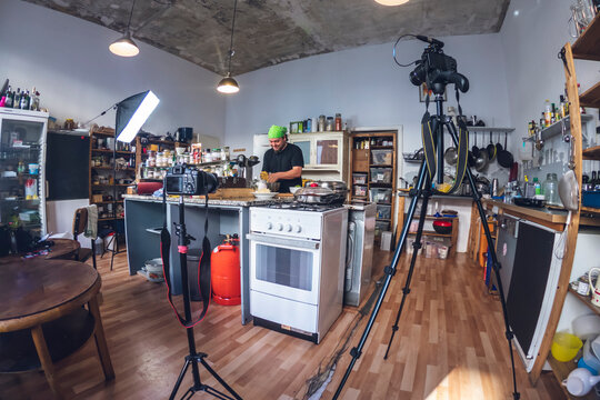 Backstage of a shooting of a cooking tutorial video.
