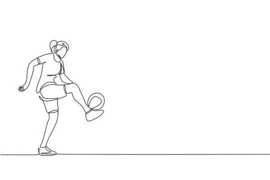 One continuous line drawing of young sporty woman soccer freestyler player practice ball juggling in the street. Football freestyle sport concept. Dynamic single line draw design vector illustration