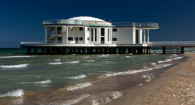 Senigallia – Rotonda a Mare is a structure overlooking the sea built with a shell shape in liberty style
