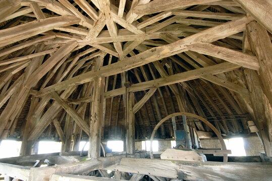 ville de Provins, charpente de la Tour César, département de Seine-et-Marne, France
