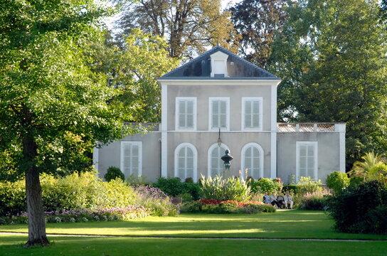 ville de Provins, jardin Garnier, parc, département de Seine-et-Marne, France