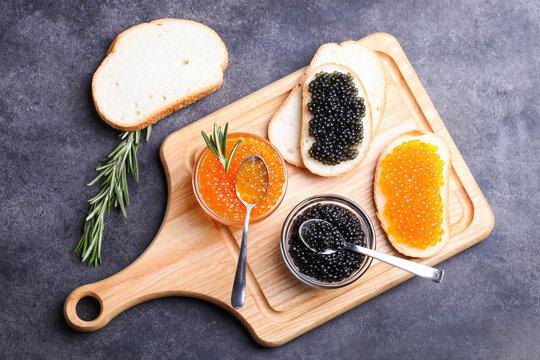 Sandwiches with black sturgeon and red chum salmon caviar