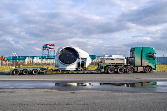 CUXHAVEN, GERMANY - OCTOBER 26, 2020: heavy haulage truck with wind turbine rotor component