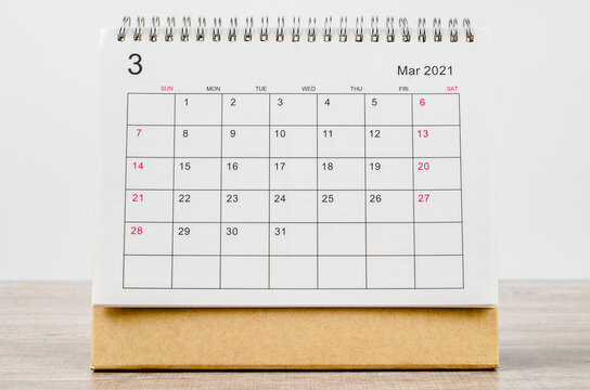 March 2021 Calendar desk for organizer to plan and reminder.