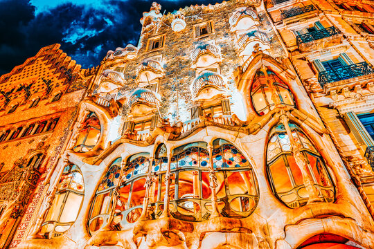 BARCELONA, SPAIN - SEPT  04, 2014: Night outdoor view  Gaudi's  creation-house Casa Batlo. The building that is now Casa Batllo was built in 1877 by Antoni Gaudi