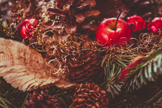 Weihnachtliche Dekoration bunt