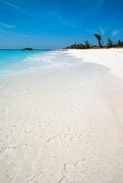 Bahamian Island Crystal Clear Waters