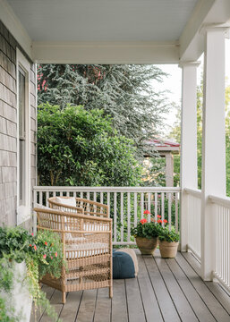 Southern front porch in the spring