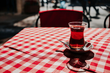 Turkish tea in the cafe. Fotomurales