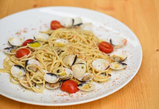 Italian cuisine, spaghetti pasta with vongole clams.