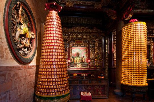 Taiwan, Taipei, temple interior