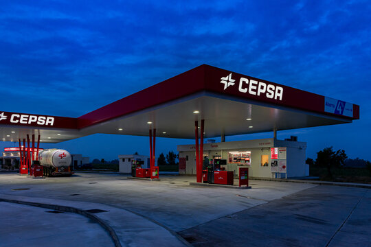 Seville 5/15/2020 Service station on the A92 highway with the Cepsa company flag.