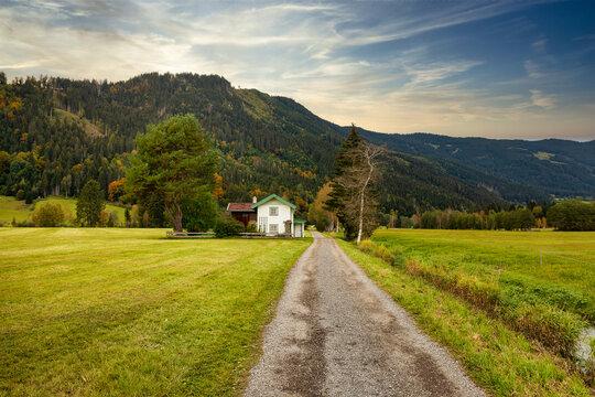 Path near Maishofen