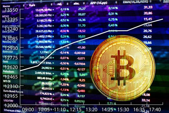 Börse Symbole mit steigendem Markt und Bitcoin