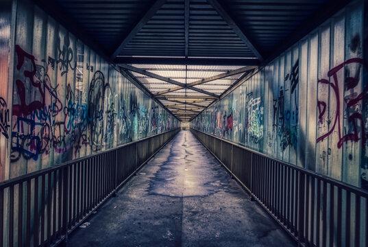 Alte Fußgängerbrücke in Wuppertal Steinbeck