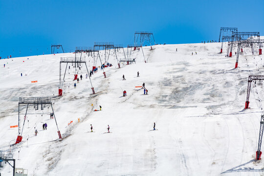 Les deux Alpes snowsports resort with year-round snow covering and skiable glacier at 3600 m altitude in summer
