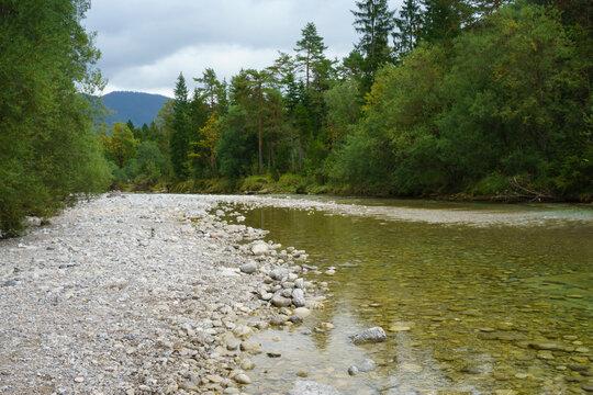 Fluss Weissach, Kreuther Tal, Oberbayern, Bayern, Deutschland, Europa