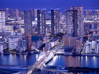 Fototapete - 東京都 築地大橋と高層マンション群