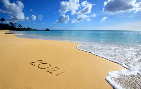 Happy new year on the beach 2021