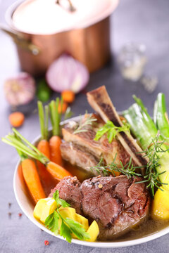 pot au feu-beef stew with vegetable and broth