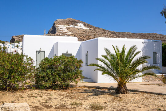 White Cycladic architecture in Chora, the capital of the island of Folegandros. Cyclades Islands, Greece