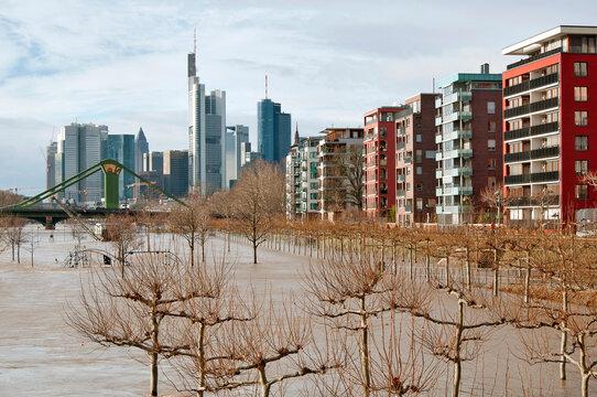 Hochwasser in Frankfurt am Main im Jahr 2011